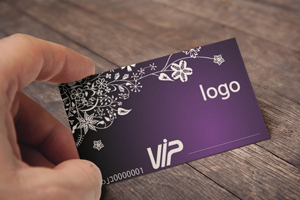 Embossed-Business-Card-MockUp06
